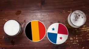 Match-Kalender des Weltcup-2018, Bier Mats Concept Flyer Background Deutschland gegen panama lizenzfreies stockbild