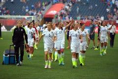 Match zwischen USA gegen Australien-Nationalmannschaften Weltcup FIFAS Women's Stockfotos