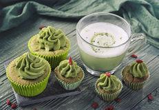 Matcha cup cakes and matcha latte Stock Photography