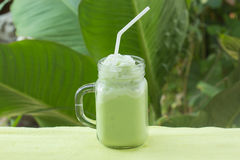 Matcha groene thee smoothie royalty-vrije stock foto's