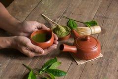 Matcha japończyka i zielonej herbaty herbaty set Ceramiczny teapot i stea fotografia stock