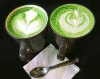 Matcha, latte de Matcha, latte del té verde, té verde, ordeña el té verde, matcha de la leche, té con la leche verde, matcha con  Fotografía de archivo