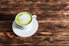 Matcha-Latte-Schale Stockfotos
