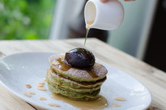 Matcha pancake and red bean Royalty Free Stock Photography