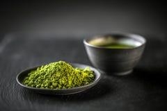 Matcha, poeder groene thee stock afbeelding