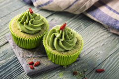 Matcha-Schalenkuchen Stockfotografie