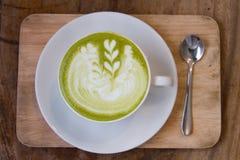 Matcha zielona herbata matcha zielonej herbaty latte - smoothie zielona herbata - Zdjęcia Royalty Free