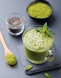 Matcha zielonej herbaty chia ziarna pudding, deser Zdjęcia Royalty Free