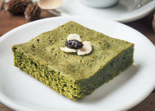 Matcha zielonej herbaty punktu tort zdjęcie stock
