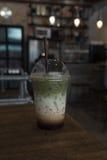Matcha zielonej herbaty smoothie fotografia stock