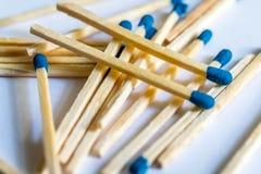 Matcher med ett blått huvud Royaltyfri Bild