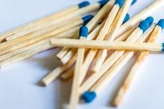 Matcher med ett blått huvud royaltyfria foton