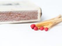 Matcher med tändsticksasken Royaltyfri Fotografi