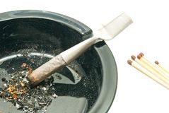 Free Matches And Cigarette In Black Ashtray Stock Photography - 51972392