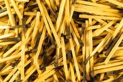 Matchs brûlés, grande glissière, fin Têtes carbonisées Vue de ci-avant photographie stock