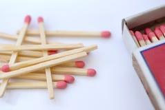 Matchs e scatola di fiammiferi Fotografia Stock