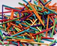 Matchsticks coloridos para o ofício Fotos de Stock Royalty Free