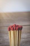 Matchsticks med retro tappning för filtereffekt Arkivfoto