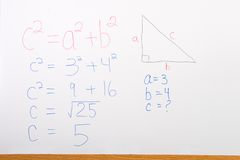 Matemáticas en Whiteboard Foto de archivo