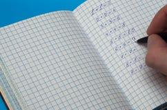 matematiska uppgifter för beslut Arkivbild