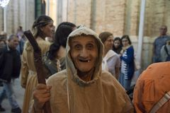 $matera, Ιταλία 16 Σεπτεμβρίου 2017: Θρησκευτικό αφιερωμένο πομπή τ Στοκ Εικόνες
