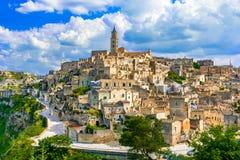 Matera, Базиликата, Италия: Благоустраивайте взгляд старого городка - нахальство стоковые фото