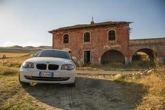 Matera, Italie 30 juillet 2017 Voiture privée Série 1 de BMW Pays Photos stock