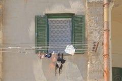 Matera, Italien: BH auf der Linie unterwäsche stockbild