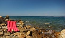 Materasso della spiaggia fotografie stock libere da diritti