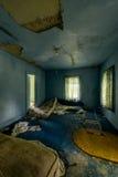 Materasso disgustoso - hotel abbandonato & campo religioso Fotografia Stock