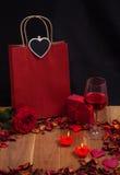 Materia preciosa para el día de tarjetas del día de San Valentín Foto de archivo