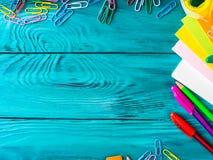 Materiały miejsca pracy kolorowa szkolna rama Obrazy Stock