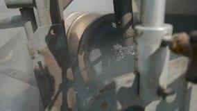 Materiaal voor het bedekken van asfalt Aanleggen van wegen stock video