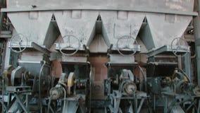 Material, das Werkzeugmaschine, Industrie verarbeitend recysling ist stock footage
