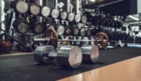 Material desportivo no gym fotos de stock