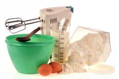 Material och ingredienser för framställning av bakelse fotografering för bildbyråer