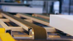 Material termoaislador en la producción, el aislador de calor y metrajes