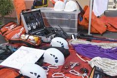Materiale di salvataggio per arrampicare le montagne Immagini Stock