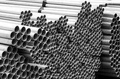 Materiales de construcción del hierro del sitio del trabajo de la construcción fotos de archivo