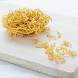 Materiales de Fried Noodles Raw para hacer síntomas de los tallarines Fotografía de archivo
