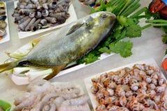 Materiales de los mariscos para los platos Imagen de archivo