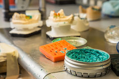 Materiales para las prótesis dentales Foto de archivo libre de regalías