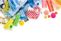 Materiales y accesorios para coser Fotos de archivo libres de regalías