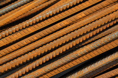 Materiali da costruzione d'acciaio torti Fotografie Stock