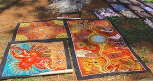 Materiali illustrativi aborigeni indigeni al mercato in Alice Springs, Australia Fotografia Stock