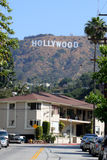 Materielbild av det Hollywood tecknet royaltyfri bild