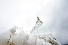 Materielfoto - Phasornkaew tempel i Thailand Royaltyfri Fotografi