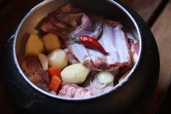 Matförberedelse i Ryssland Arkivfoto