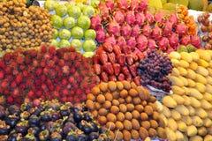Matfrukter marknadsför. Royaltyfri Bild