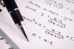 Mathematics lub równań zakończenie homework Rozwiązywać Matematycznie problem obrazy royalty free